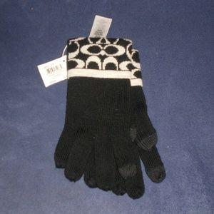 NWT Coach Merino Wool Signature Gloves Black/White